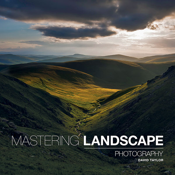 Book Cover: Mastering Landscape Photography - David taylor