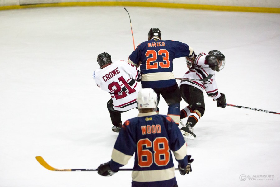 20141109-9019-1200w-newcastle_coyotes_vs_whitley_bay_islanders